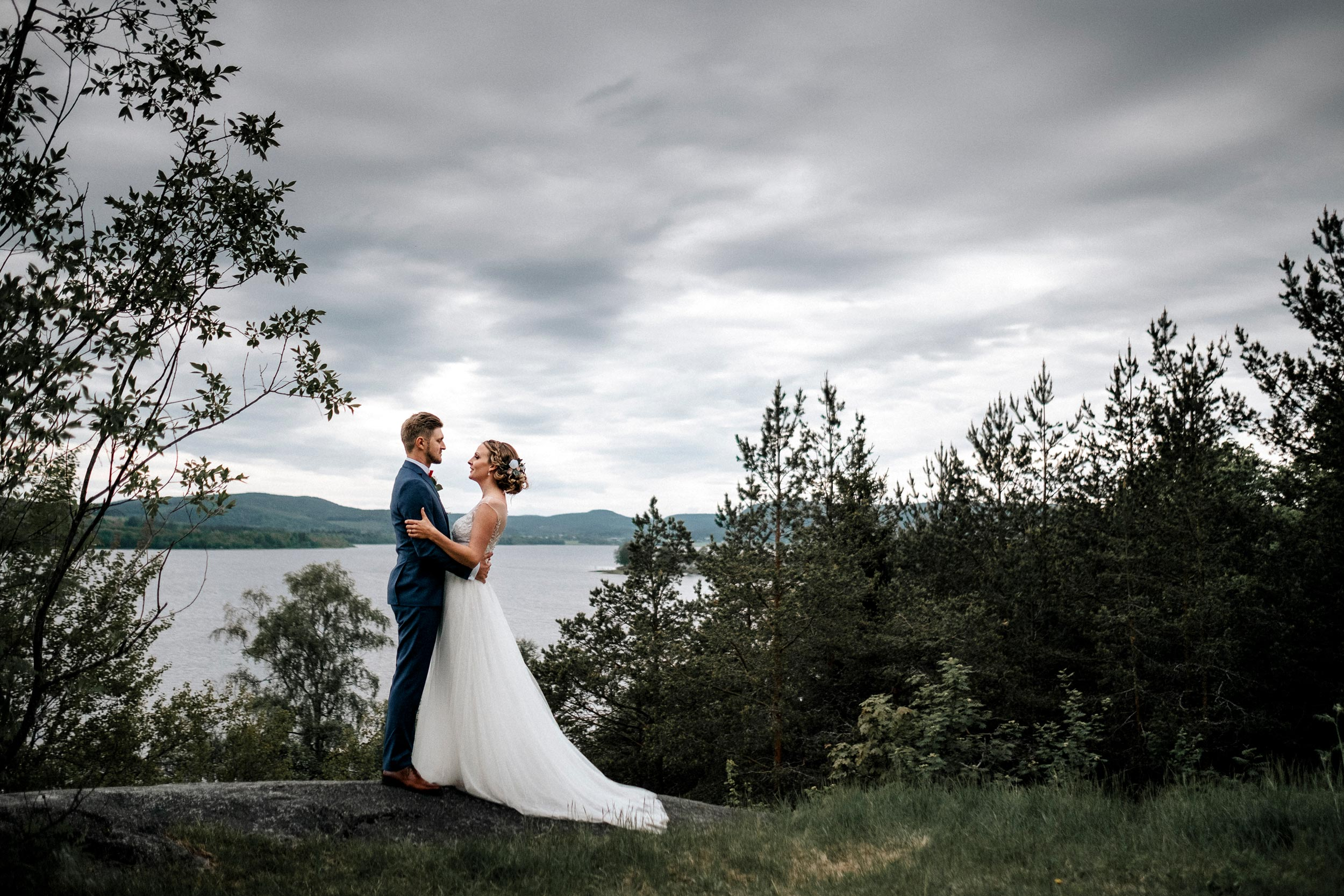 authentic, brudpar, bröllop, bröllopsfotograf, bröllopsfotografering, bröllopsfotografi, calm, connection, couples, dan, destination photographer, fotadig.nu, fotograf, fotografering, full day coverage, glad, glädje, glädjefyllt, heldag, jonas burman, joyful, känslor, lugn, mikaela, mikaela and dan, mikaela och dan, moment design, neijdebro, photography, själevad, själevad kyrka, sommar, sverige, sweden, tavelsjö, umeå, västerbotten, wedding, wedding photographer, wedding photography, ärligt, örnsköldsvik, övik