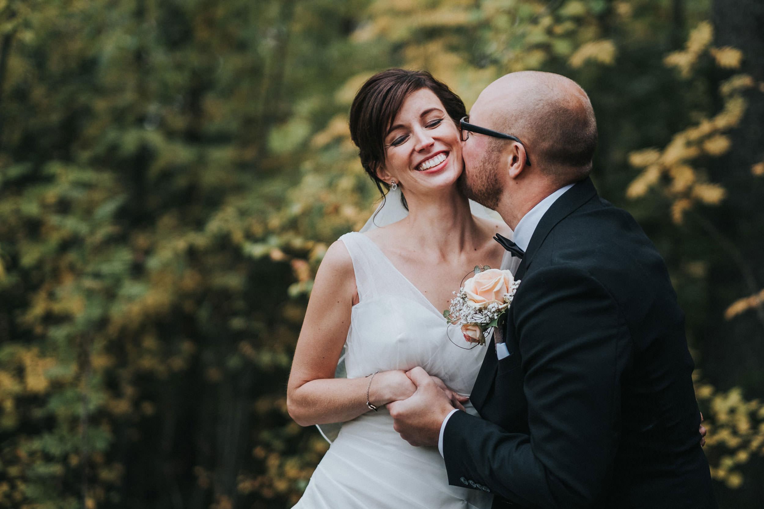 © Fotograf Jonas Burman, wedding, bröllop, brudpar, höst, autumn