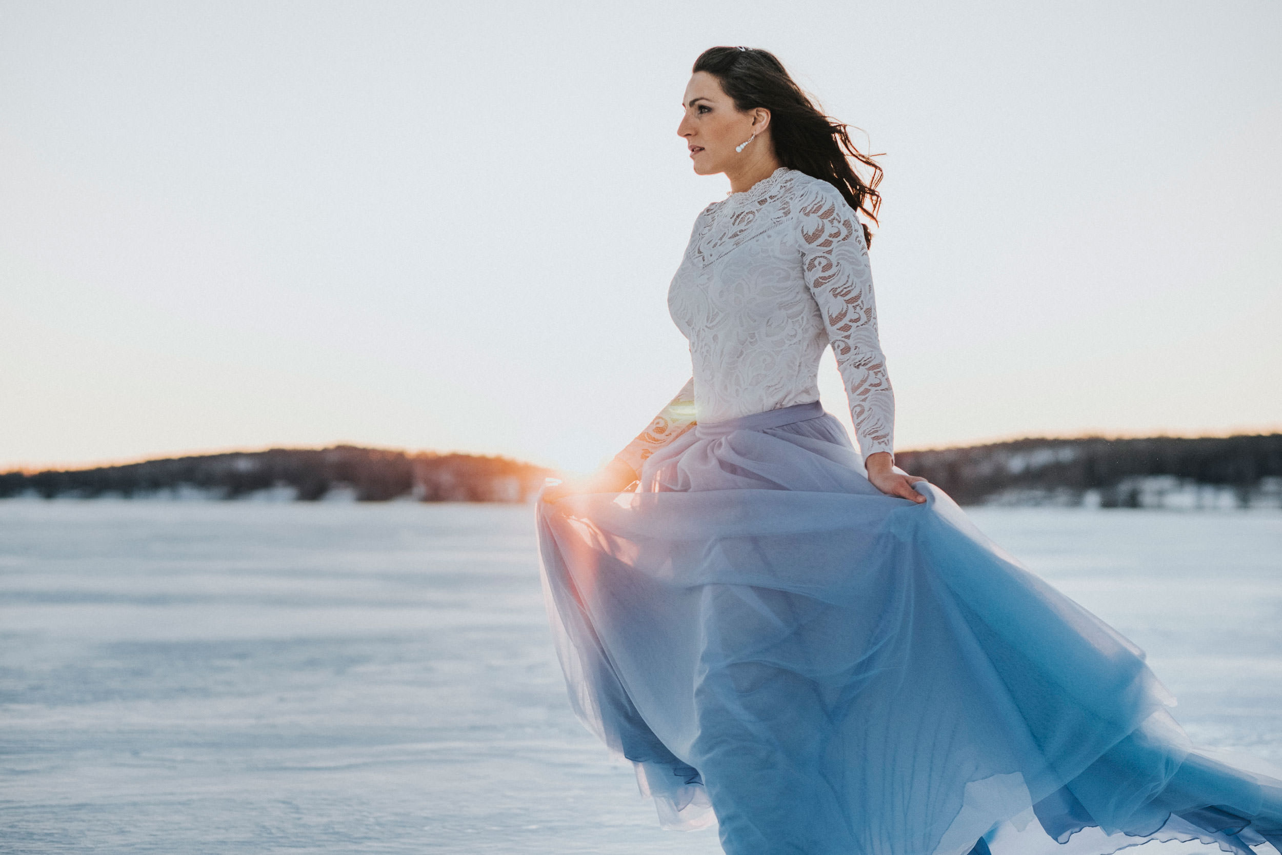 © Fotograf Jonas Burman Photography, Wedding, vinter, winter, bröllop, tulle, skirt, ellen marie bridal, sisters in law