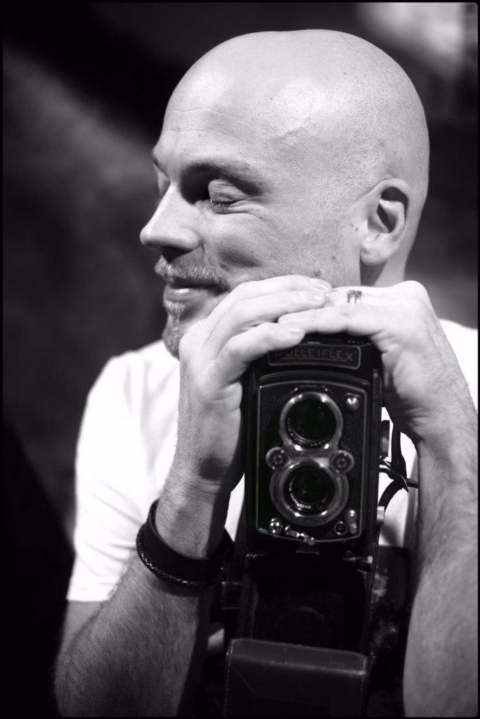 Fotograf Jonas Burman, fotograf, umeå, västerbotten, norrland, Sverige, Sweden, depression, life hacks, human, experience, allmänmänsklig, upplevelse, jonasburman photography, fujifilm nordic, fujifilm xh1, photographersweden, photographer, authentic, genuine, honest, joy, grief, anxiety, calm, nonjudgemental, mental illness, ångest, oro, depression, känslor, lugnt, ärligt, autentiskt, genuint, glädjefyllt, hopp